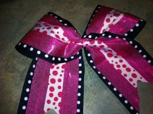 finishedzip 300x2242 How To Make a Rockin Cheer Bow