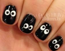 Spooky eyeball nails