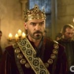 8 Reasons I Am Totally Watching The CW's Reign