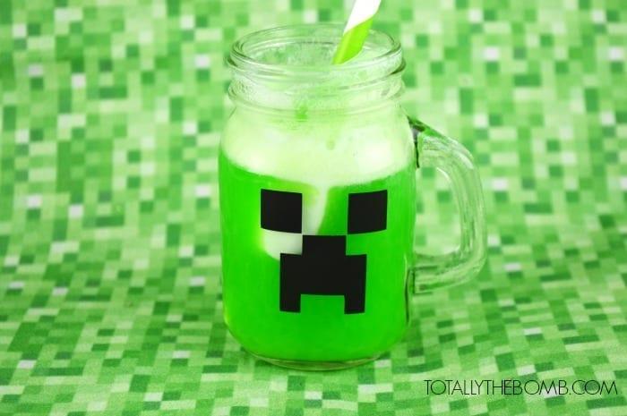 Minecraft Creeper Punch