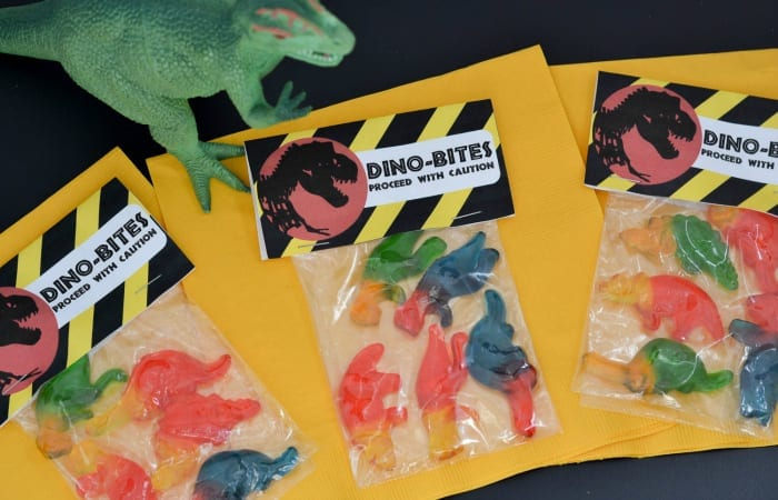 Dino-Bites Snack Packs + A Free Printable