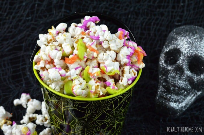 halloween chocolate kettle corn featured