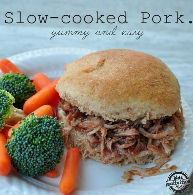 30+ 3-Ingredient Slow Cooker Recipes | Easy Crockpot Recipes | Easy Dinner Recipes #crockpot #slowcooker #dinner #maindish #easydinner