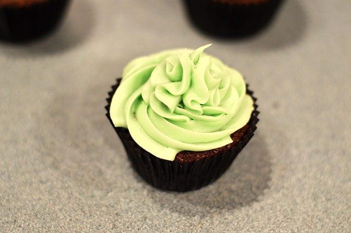 chocolate mint cupcakes inprocess8