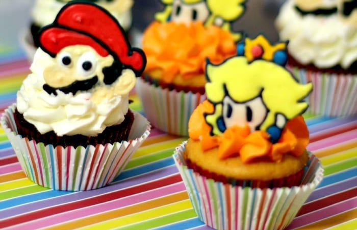 Mario and Princess Peach Cupcakes
