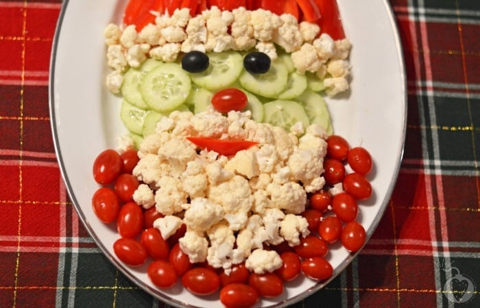 santa veggie tray featured
