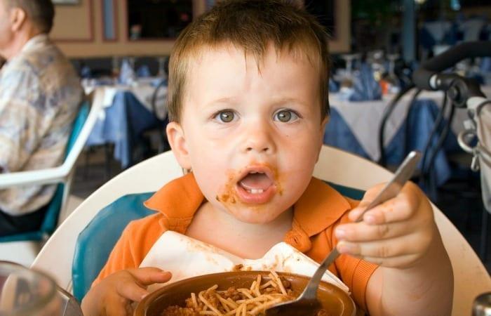 no kids in restaurants