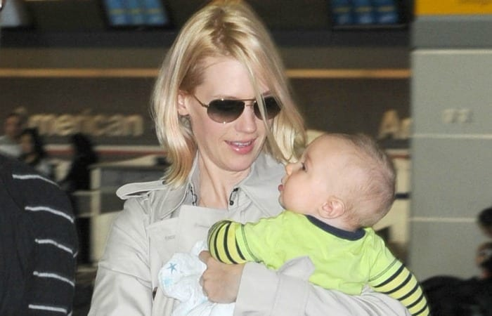 January Jones Is Okay Being A Single Mom And I'm Not Okay With That