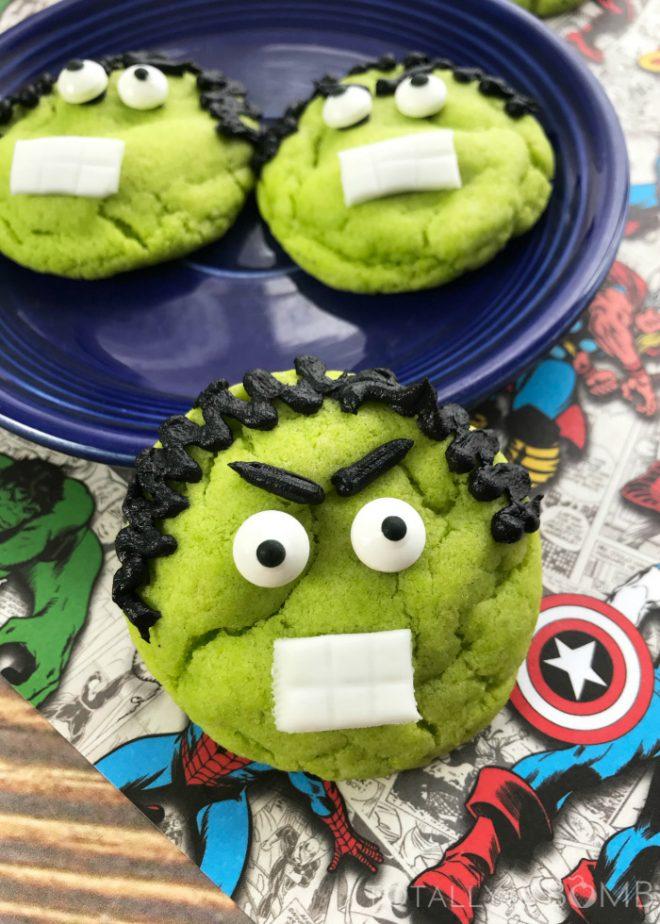 Hulk Cookies #hulk #hulkcookies #hulkrecipes #crinklecookies