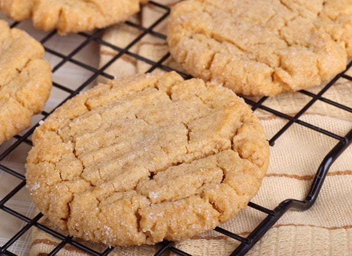 these three ingredient peanut butter cookies are too easy to make