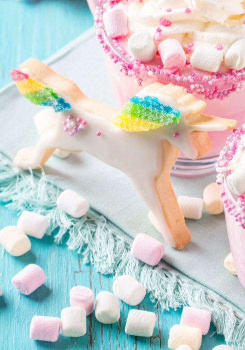 I made these Magical Unicorn Cookies with my kids the other day--just as a fun thing to celebrate being kids. #unicorn #cookie