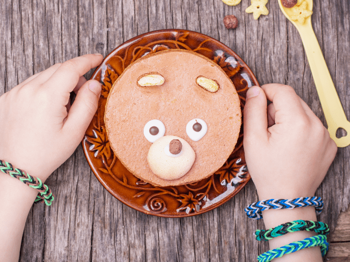 Let me start by saying that making a cake with your kid is fun. They really get into it. This Kid-Made Vegan Chocolate Cake (or as my kid calls it: Beary-Chocolate Cake) is so simple, it amps-up the fun to 10,000. #vegan #cake #kidactivities