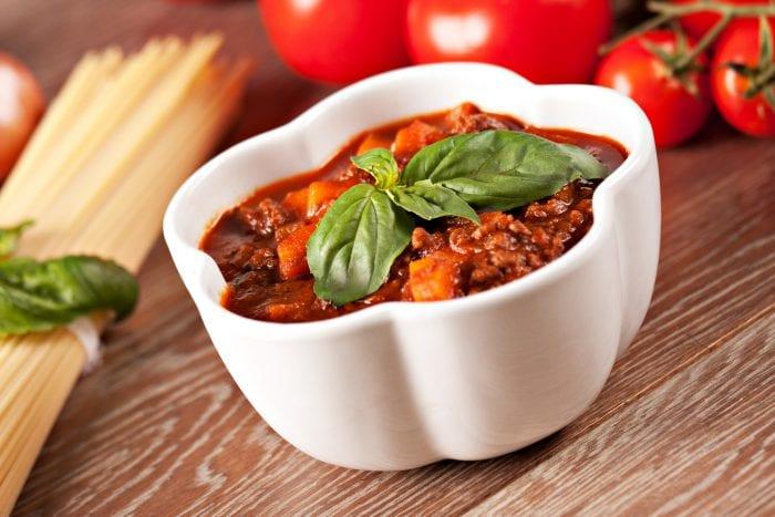 spaghetti sauce in bowl