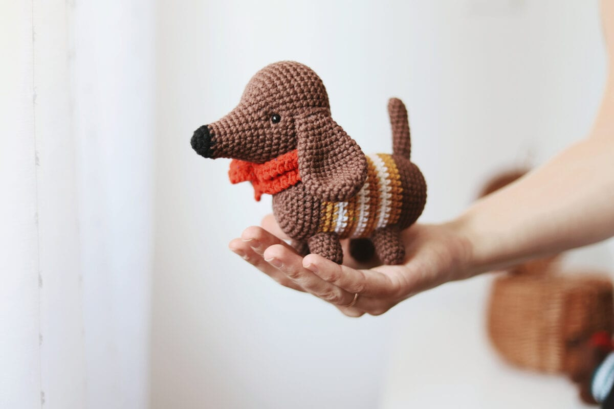 Dash the Dachshund Pup; CROCHET PATTERN; PDF | Hund häkeln ... | 800x1200