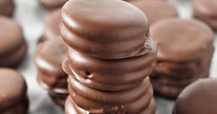 Chocolate Peanut Butter Ritz Cracker Cookies